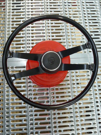 BAKELITE STEERINGWHEEL 42CM 911 65-67 ROUND HORNKNOB INCLUDED